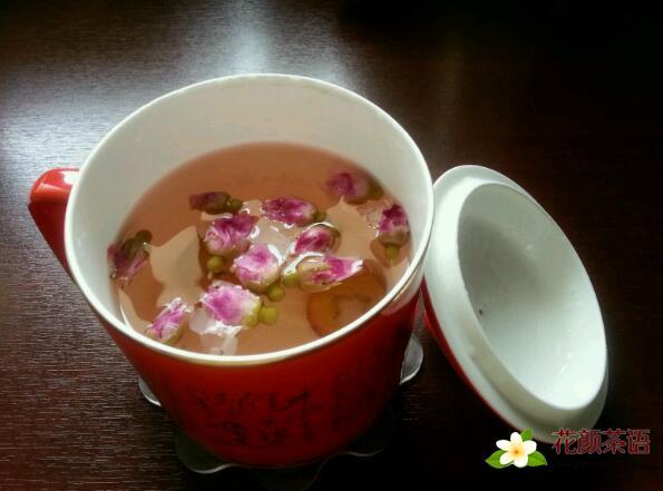 常喝玫瑰花茶消除口臭美容养颜
